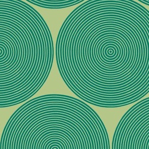 concentric circles in green-gold