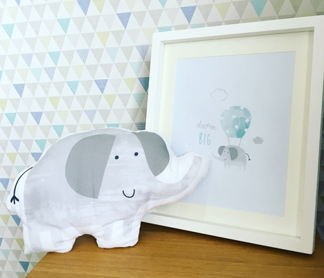 baby_elephant_cushion_150dpi