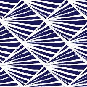 cestlaviv_diamond_ray_18x18_blue_divide_test