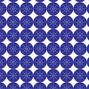 circle_blue___white_dots_design_x4