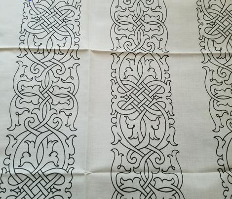 Tudor Floral Knotwork