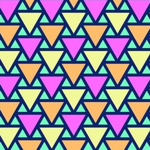 05390641 : triangle 2to1 x3 : bermuda triangles