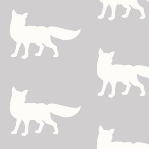 Fox - Silver/ White -