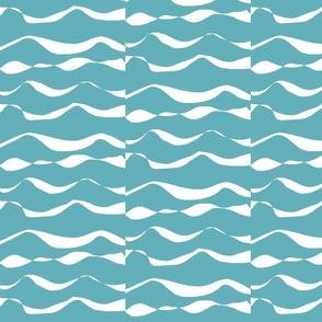 Waves XL white on sea blue