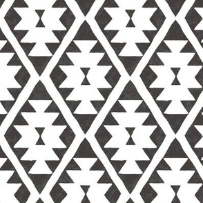 southwestern diamond - black