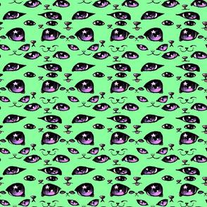 Kitty Eyes Mint