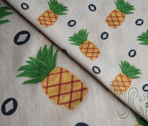 Primitive country pineapples - small
