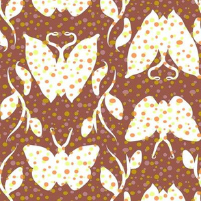 Dotty Butterfly Column on Cocoa
