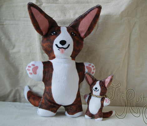 Kawaii Corgi plushie on green - brindle