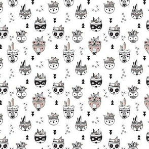 Cool scandinavian geometric woodland animals indian summer zoo black and white XS