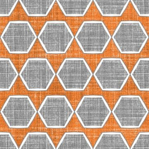 Hexagon Fresh Linen in Spice