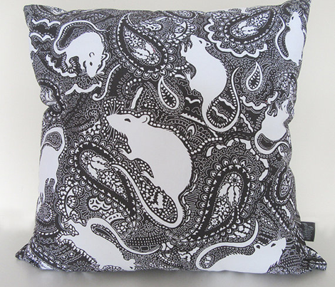 Paisley-Power-MEDIUM-white-rat-print