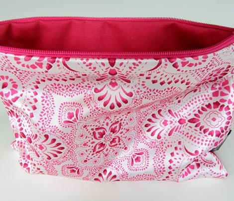 Mosaic_bandana_no_texture_150_25cm_pink_comment_889639_preview