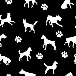 Dogs n Paws // Black