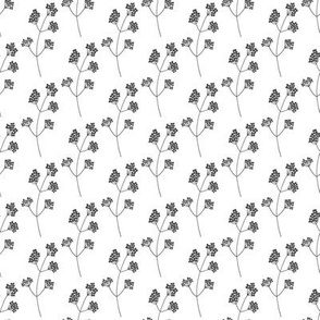 Black and white floral pattern 2