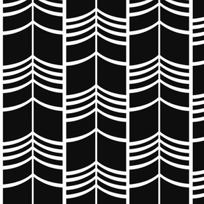 Arrow Columns | Black-and-White Small