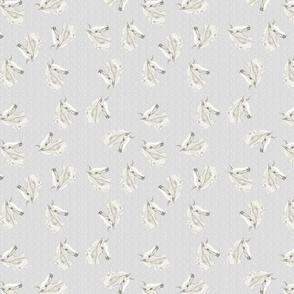 foal_heads_wrap_around