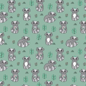 raccoon pattern SMALL scale
