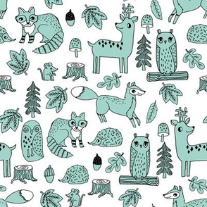 autumn animals // mint kids acorn animals owl deer raccoon fox acorn woodlands animals