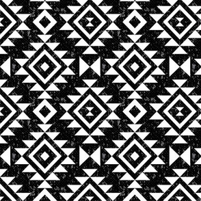 Textured Aztec - Black & White