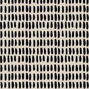 O B L O N G | black on tan linen