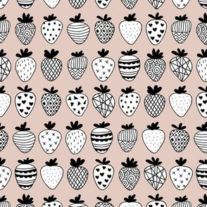 Farmers market summer strawberry fruit hearts print beige