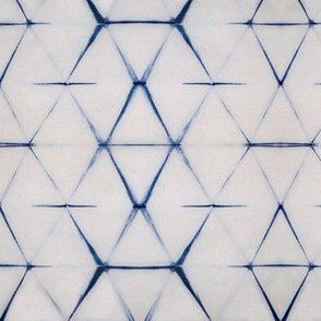 Shibori white triangle