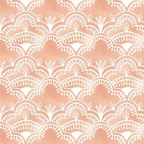 Scallop Lace Peach Gold