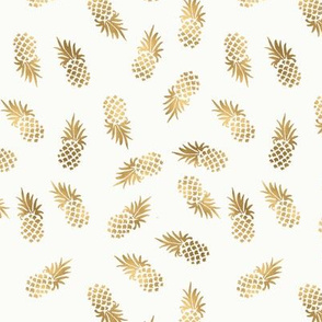 Gold_Pineapple Toss