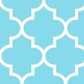 quatrefoil XL sky blue