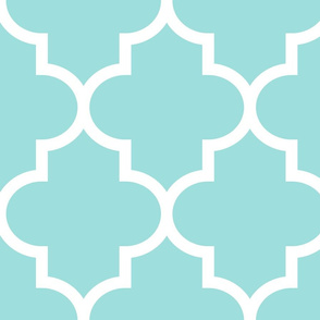 quatrefoil XL light teal