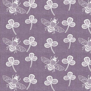 Clover and Bee on Heather