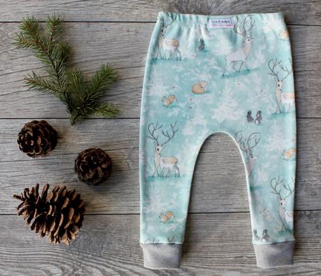 Vintage Woodland Christmas (ice blue)  (SMALL)