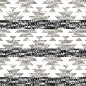 woven aztec || neutrals