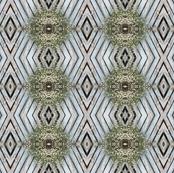 Flower_Fence_Diamond_Pattern