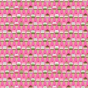 ice cream pink interlock small