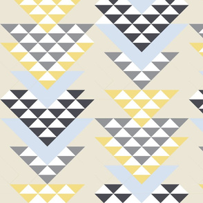 VENECIA Collection Little Triangle Filled