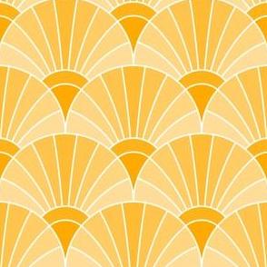05868518 : fan scale : golden apricot saffron orange