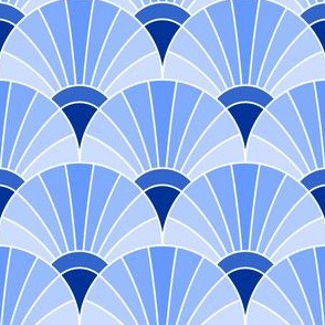 05868582 : fan scale : sapphire blue