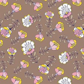 Mod Folk Floral Toss Brown