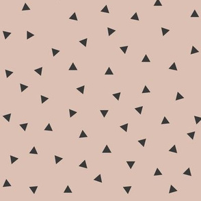 Tiny triangles - blush pink