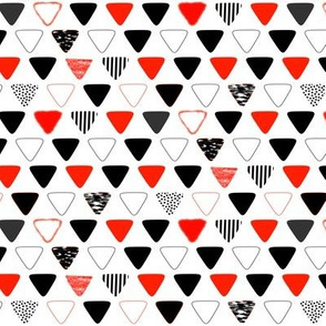 Rounded Triangles (Coral & Black)