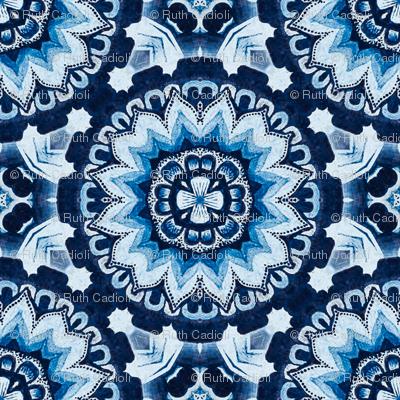 Flower Wheel in antique blues