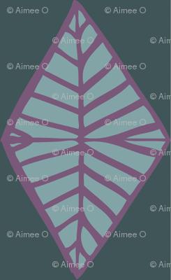 Harlequin Diamond Tree Top