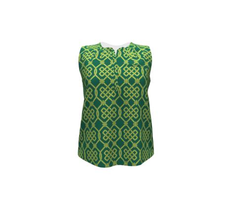 Green Celtic Knot Lattice