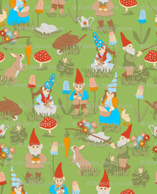 Gnaturally Gnomes on Green
