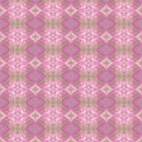 Earth Plaid (Pink)