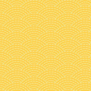faux sashiko scallop on yellow
