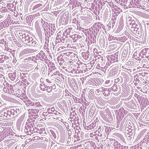 lace // pantone 84-3