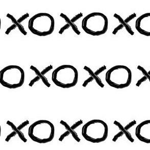 XOXO in Black + White